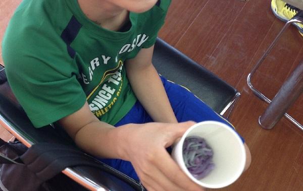 学習塾トーゼミ扇台校 小学生理科実験教室「カメレオン焼きそば」実施しました