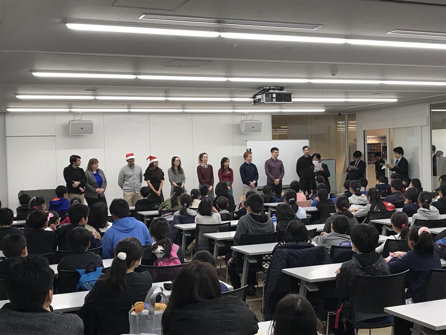 英語で「Happy メリークリスマス」実施!(学習塾 トーゼミグループ)